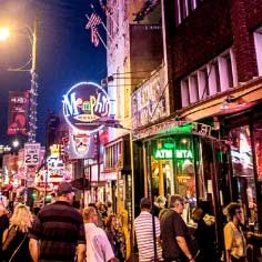 Photo of busy street in Memphis, Tennessee