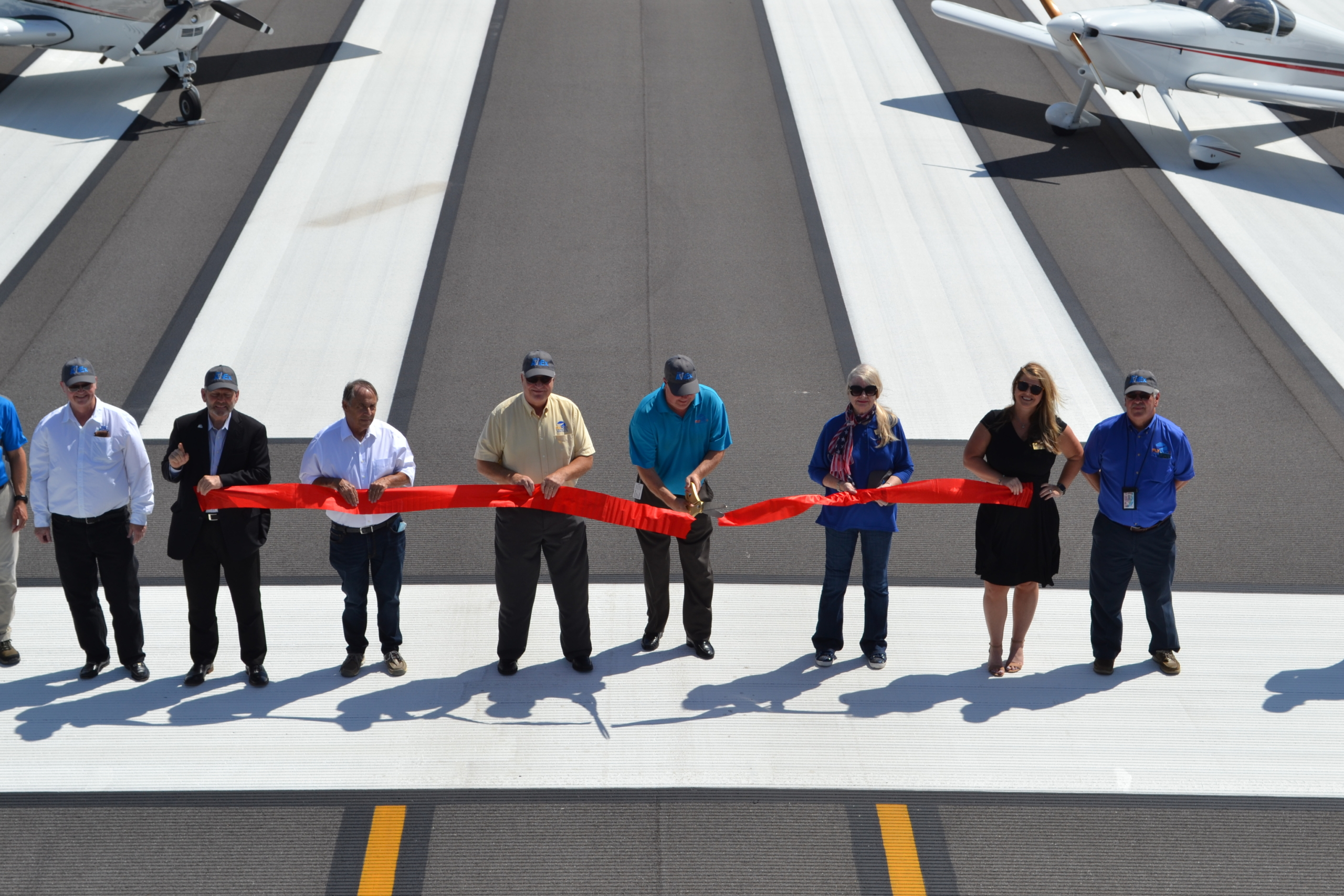 Airport Authority Ribbon Cutting